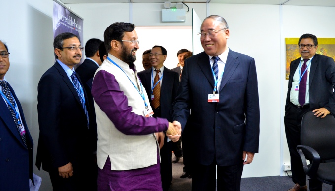 Environment minister Prakash Javadekar (left) with Xie Zhenhua, Vice Chairman, National Development and Reform Commission