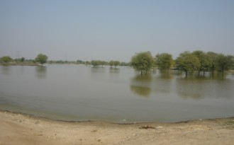 Village digs a pond, prospers in era of frequent droughts