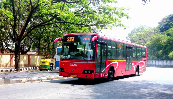 Some IT companies are promoting the use of public transport by their employees to cut carbon footprint. (Image by Ramesh NG)