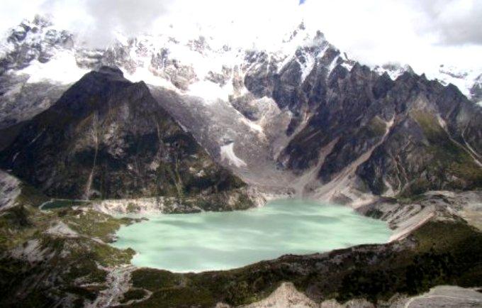 Glacier lake in northern Bhutan (Photo credit: Choidup Zangpo/ICIMOD)