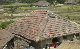 A solar panel installed on a hut in Sundarbans (Image by Joydeep Gupta)