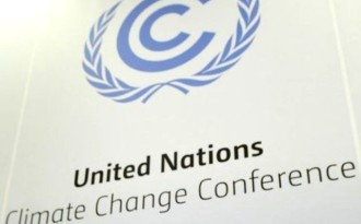 Climate talks resume as weak deal the likely outcome in Paris