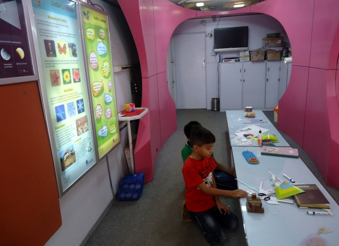 Children entertaining themselves in kids' zone on the Climate Special (Image by Juhi Chaudhary)