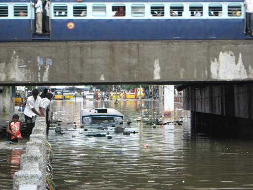 Flooded street in Chennai (Photo courtesy The Logical Indian)
