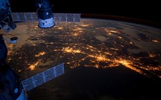 Risky geoengineering a climate panacea?
