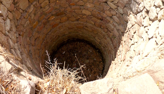The village well in Paldev Ka Purwa village in Banda district of Uttar Pradesh dried up three years ago, bringing cultivation to a virtual halt. (All images by Soumya Sarkar)