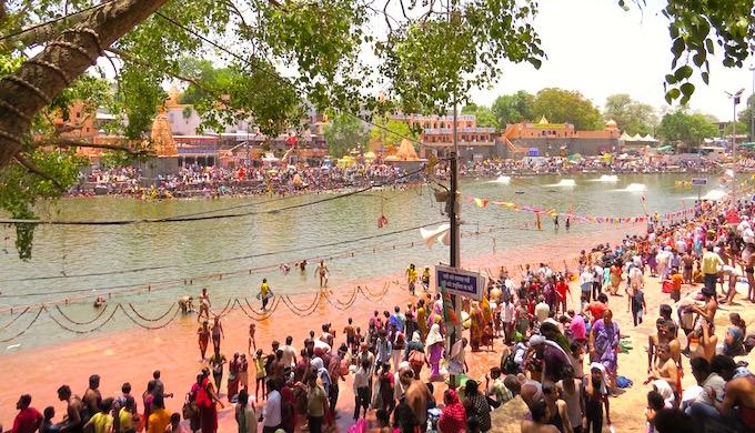 The ghats of Shipra during the Kumbh Mela in Ujjain. (Photo by Soumya Sarkar)