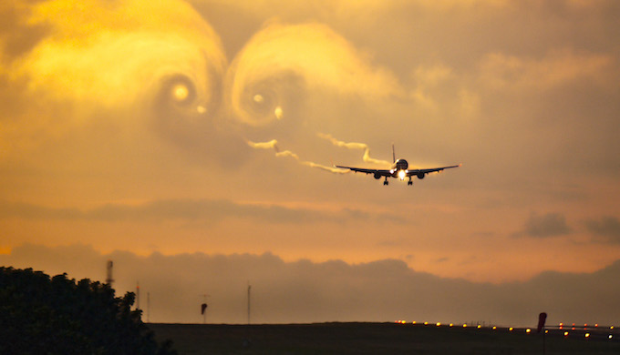 The aviation industry contributes 2% of global greenhouse gas emissions. (Photo by Bernal Saboria)