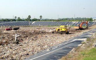 Kolkata suburbs still cannot handle garbage
