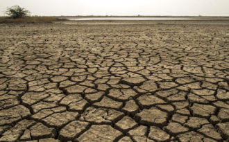 India's poorest areas most vulnerable to heat waves