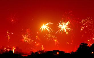 Delhi chokes on foul air despite firecracker sale ban