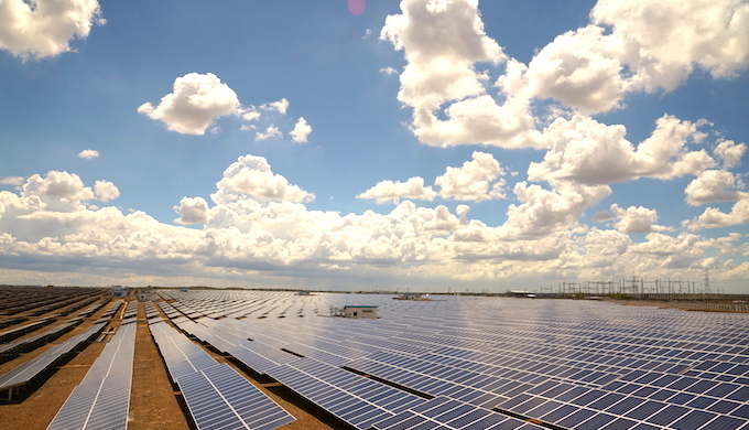 Solar plant at Baramati in Maharashtra (Image by Welspun Renewables)