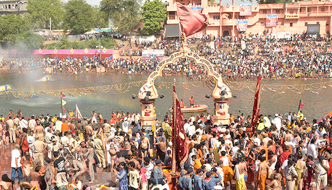 The crush of pilgrims thronging the bathing ghats remained undiminished throughout the month long Kumbh Mela.