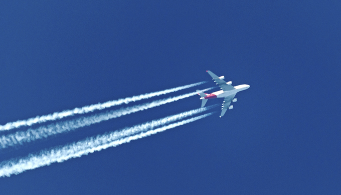 There is no consensus yet on restraining aviation emissions. (Photo by Pieter van Marion)