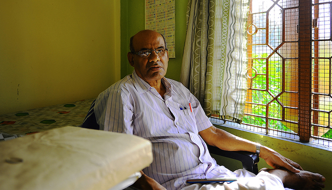 As a doctor practising in Nadia, Debdas Chatterjee has been treating victims of arsenic poisoning for the last two decades. Skin lesions, reproductive problems, respiratory problems, cancer — he has seen all the effects.