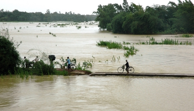 From drought to floods in 45 days