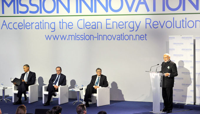 Prime Minister Narendra Modi addressing the Innovation Summit in Paris on November 30, 2015, ahead of climate negotiations. (Photo by Press Information Bureau)