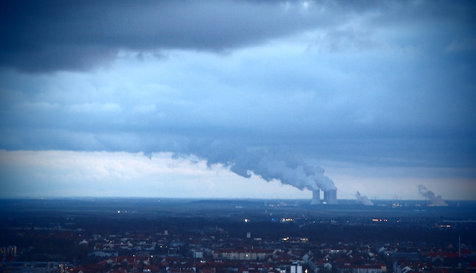 A lignite-fired power plant in Leipzig, Germany, during a storm in 2013. (Photo by Rogiro)