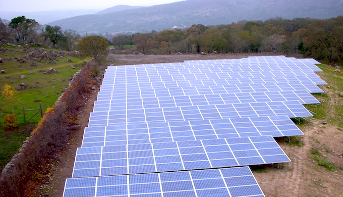 India plans to build several mega solar power plants. (Photo by Steve Jurvetson)