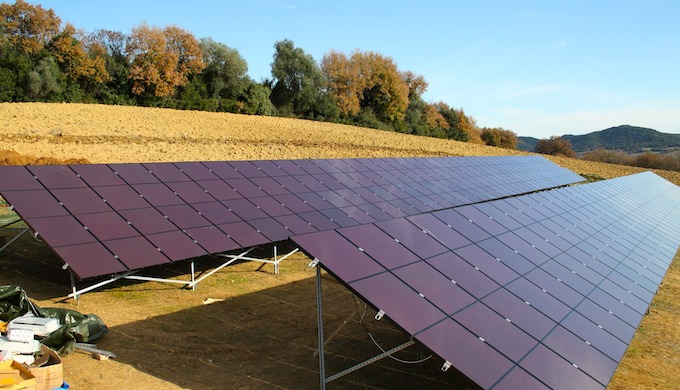 A risk mitigation mechanism could provide a boost to investment in solar power across the world (Photo by Pixabay)