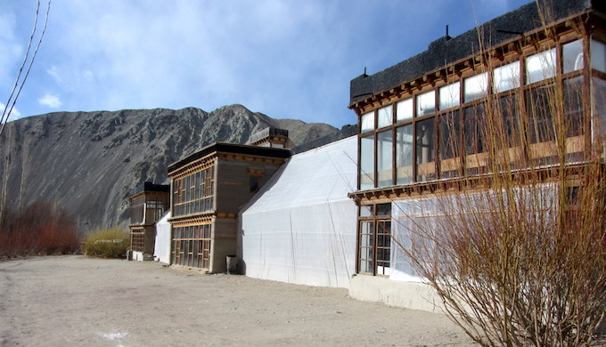 Passive solar housing keeps people warm in icy Ladakh