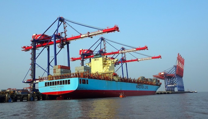 Rising sea imperils India's ports