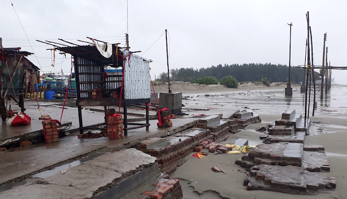 A wall being built to safeguard a part of Sagar Island from the rising sea was destroyed by Cyclone Bulbul (Photo by local resident)