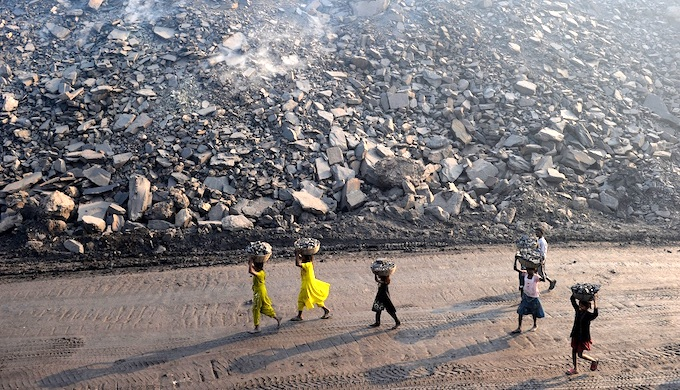 Workers at a coal mine in Jharkhand (Photo by Alamy)