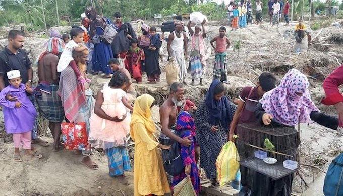 Residents of the coastal region Bhola in Bangladesh being evacuated to shelters on Tuesday in anticipation of Cyclone Amphan (Image by Chhoton Saha)