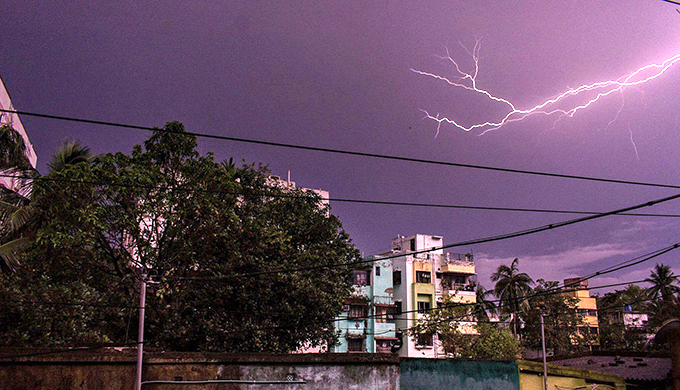 Pre-monsoon lightning strike in Kolkata (Photo by Alamy)