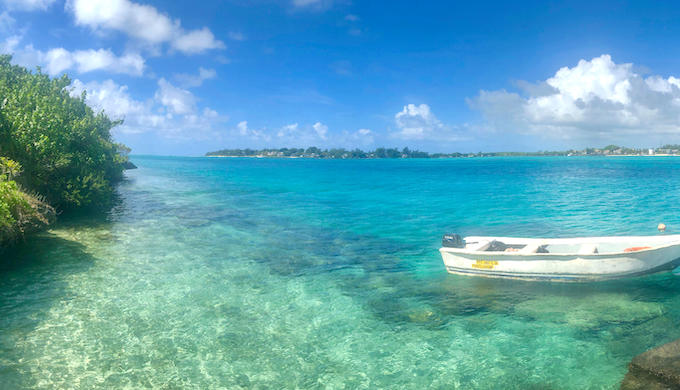 The pristine waters of Indian Ocean around Mauritius will remain polluted for years due to the oil spill (Photo by Alexander Schmitz/Alamy)