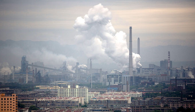 A coal-fired power plant in China (Photo by Alamy)